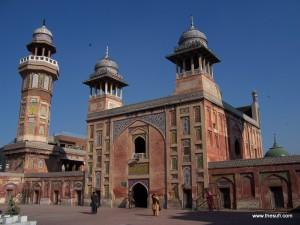 lahore inner city masjid wazir khan and fakir khana museum (4)