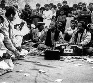 Sher-Ali-Mehr-Ali-Qawwal-Qawwali-the-Essence-of-Desire-2
