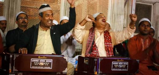 ustad-farid-ayaz-ustad-abu-muhammad-qawwal-in-basti-hazrat-nizamuddin-delhi-2013-3