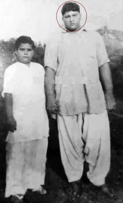 Nusrat Fateh Ali Khan Childhood Photo circa 1960s